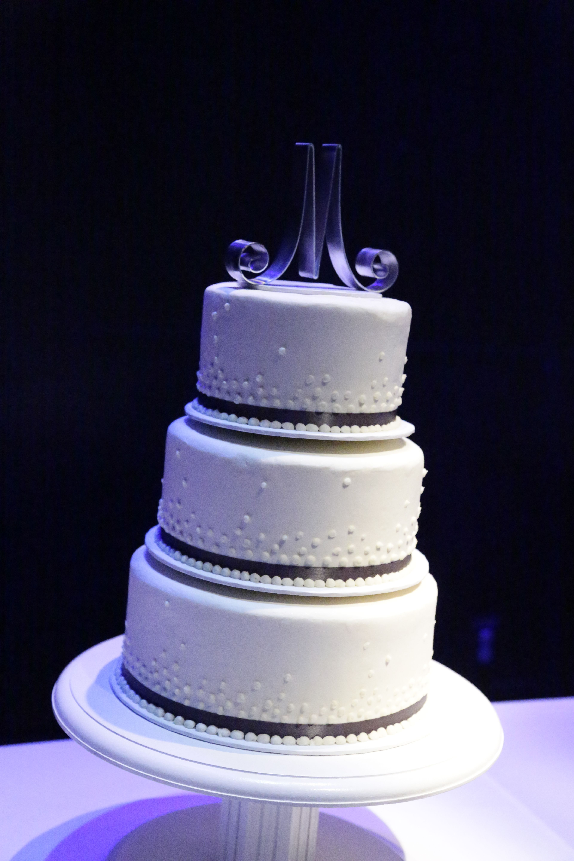 Wedding Cake Designs - His And Hers Wedding Cake