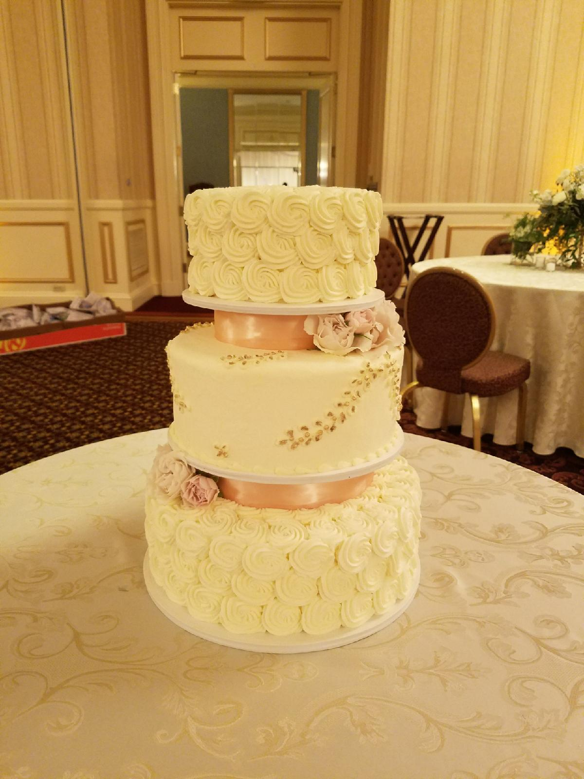 Buttercream Cakes Desserts - Frosted Wedding Cakes